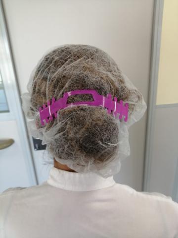 """""""Salva orelles"""" per evitar ferides provocades per l'ús continuat de la mascareta"""