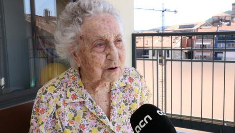 Entrevista a la Maria Branyas, a la Residència del Tura, on viu des de fa molts anys.